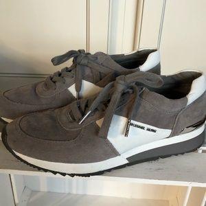 Women's size 8 Michael Kors sneakers